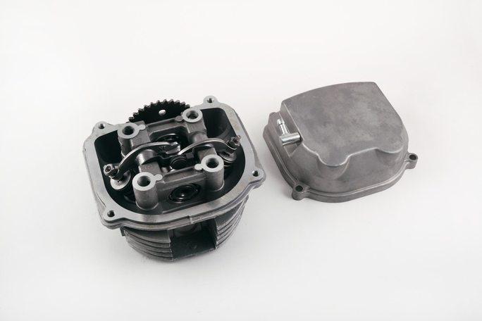 Купить Головка цилиндра   4T GY6 125   (в сборе, +крышка)   JH   (mod:В) в Интернет-Магазине LIMOTO