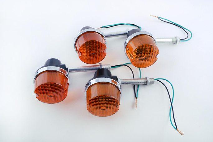 Купить Повороты мото   ЯВА 350 12V   (4шт)   EVO в Интернет-Магазине LIMOTO